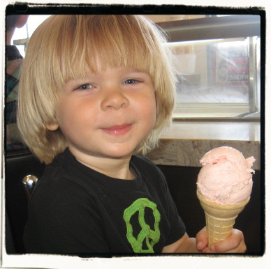 2nd ice cream of his life (from a soda shop, that is)! Santa Monica Pier.